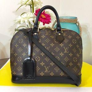 Louis Vuitton Alma Handbag 👜 Black